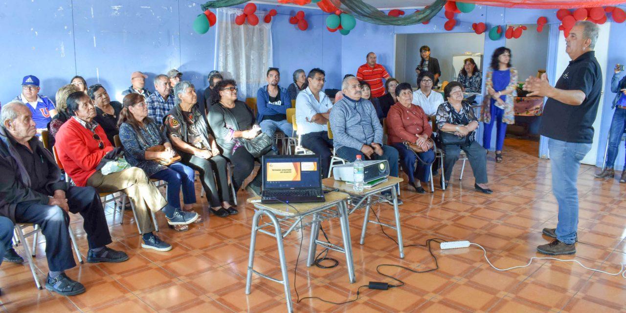 50 FAMILIAS DE VILLA AYQUINA SE CAPACITAN EN INSTALACIÓN Y USO DE CALEFACTORES SOLARES