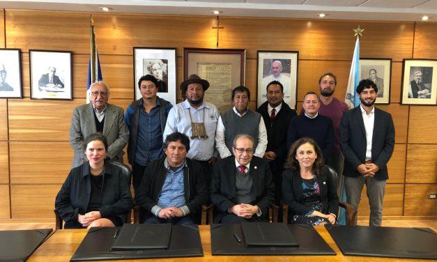 UCN Y COMUNIDAD LICKANANTAY DE TOCONAO FIRMAN CONVENIO DE COLABORACIÓN