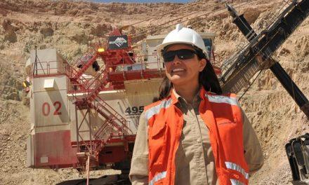 MUJER EN LA MINERÍA: LA AGENDA DE APEC CHILE EN LA REGIÓN DE ANTOFAGASTA