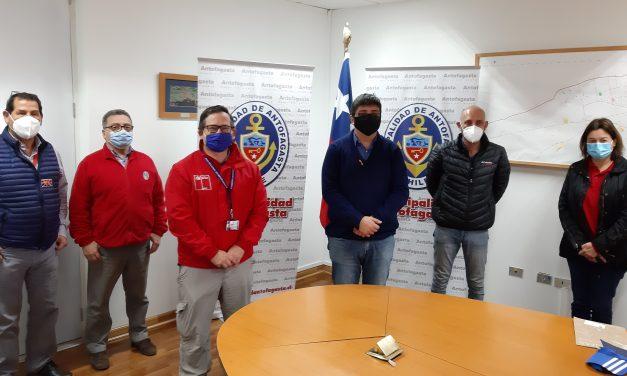 Seremi de Medio Ambiente presentó diagnóstico ambiental a alcalde de Antofagasta
