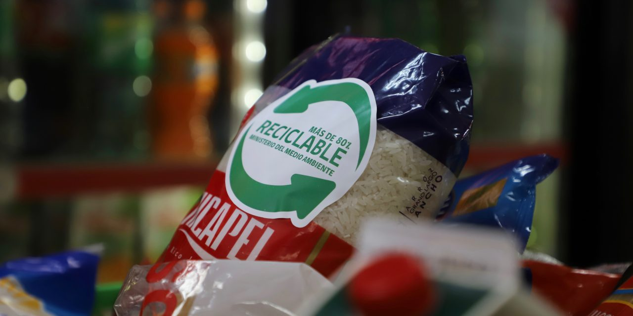 Lanzan el primer sello de Chile que certificará a los envases de productos de consumo masivo que son reciclables