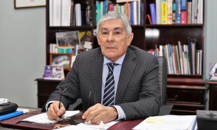 """Entrevista a Rector Dr. Luis Alberto Loyola: """"En un contexto de pandemia es fundamental contar con Universidades Estatales fortalecidas"""""""
