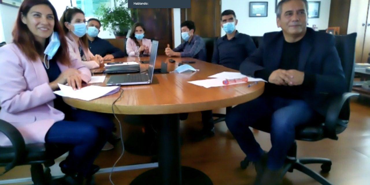 Exitosa Firma de Convenios entre la Universidad Católica del Norte y Empresa Portuaria Antofagasta que beneficiará a jóvenes estudiantes de ingeniería