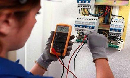 Disponible 100 becas para que Instaladores Eléctricos puedan certificar sus competencias laborales