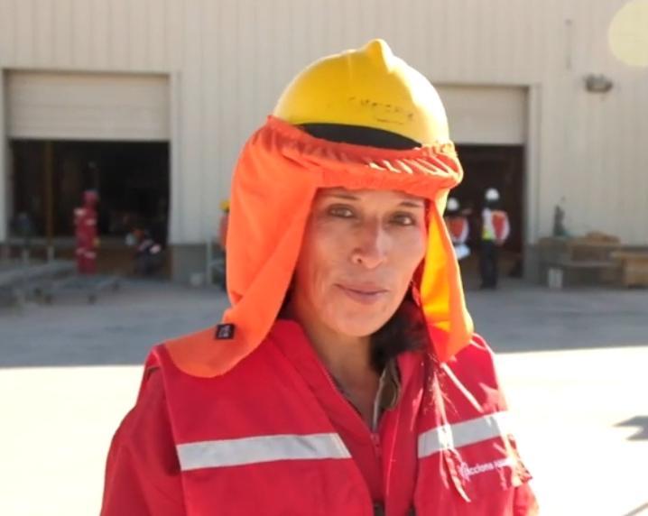 """Entrevista a Songel Aracena, operadora de terreno en la industria energética: """"Me gustaría que más mujeres se atrevieran, aprovechen el boom de las energías renovables y no teman dar un giro a sus vidas"""""""