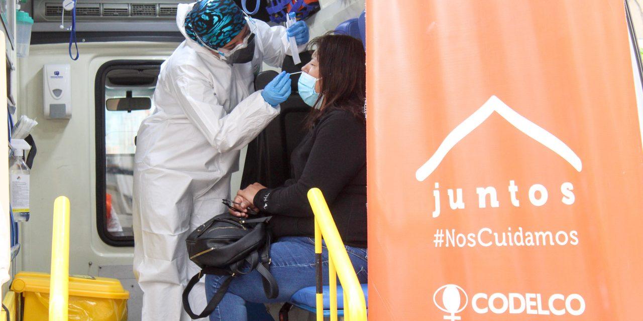 PCR Móvil de Codelco sigue con atención gratuita en distintos sectores de Calama