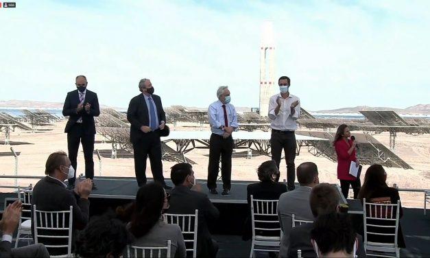 Chile sigue avanzando en el liderazgo internacional en energías limpias con la inauguración de la primera planta termosolar de América Latina
