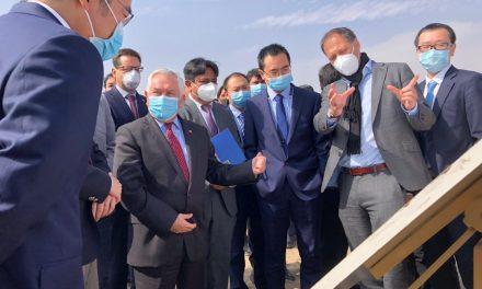 Ministros Paris, Isamit y Palacios visitaron junto a ejecutivos de Sinovac posible terreno para planta de fabricación de vacunas