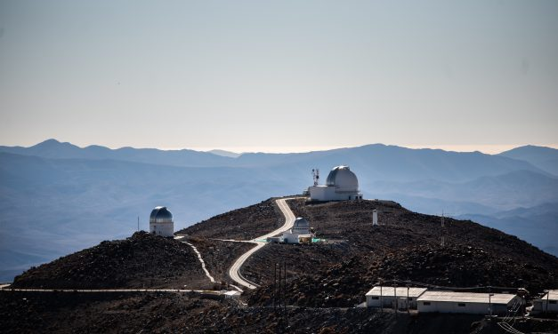 Ministro de Ciencia destaca reactivación de la actividad astronómica e innovación del Observatorio Las Campanas frente a la pandemia