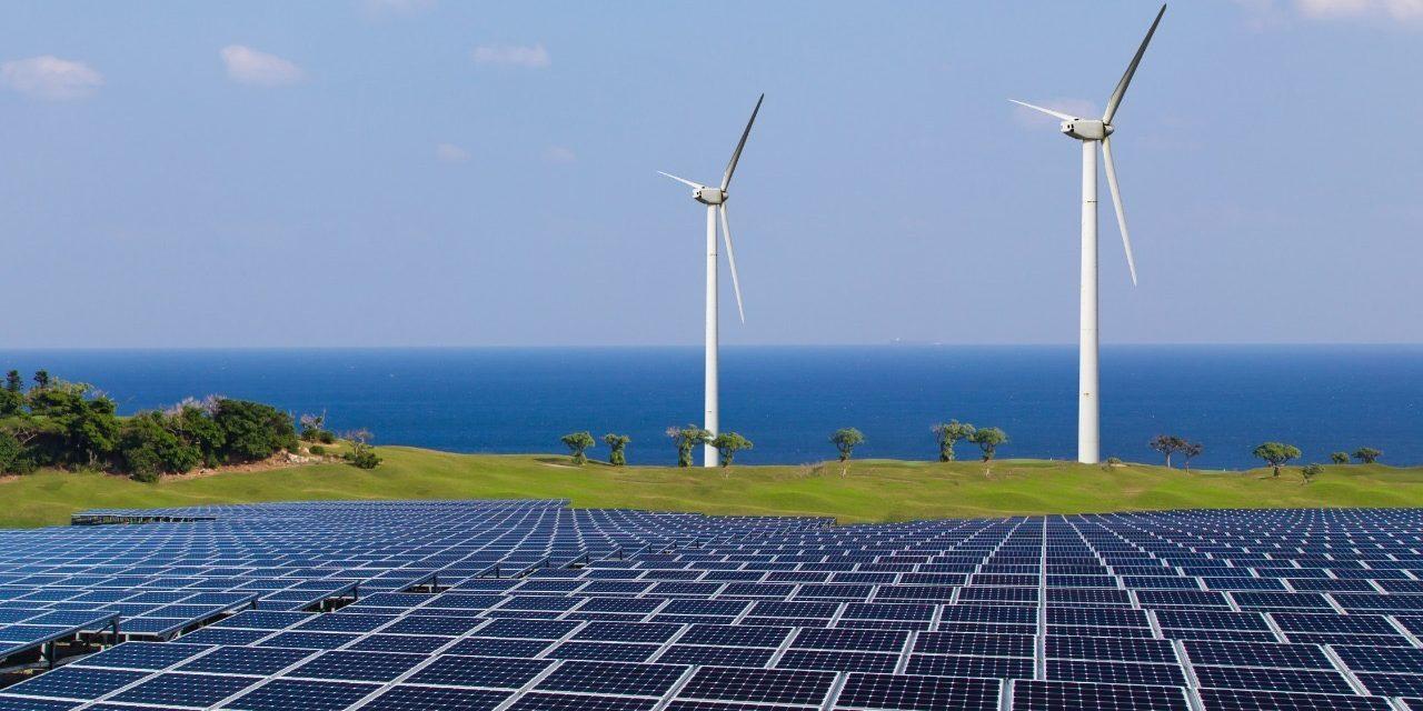 """UAI dictará charla """"El creciente rol de las energías renovables en la matriz energética chilena"""""""